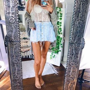 Beachy Raw Hem Mini Babydoll Skirt B88